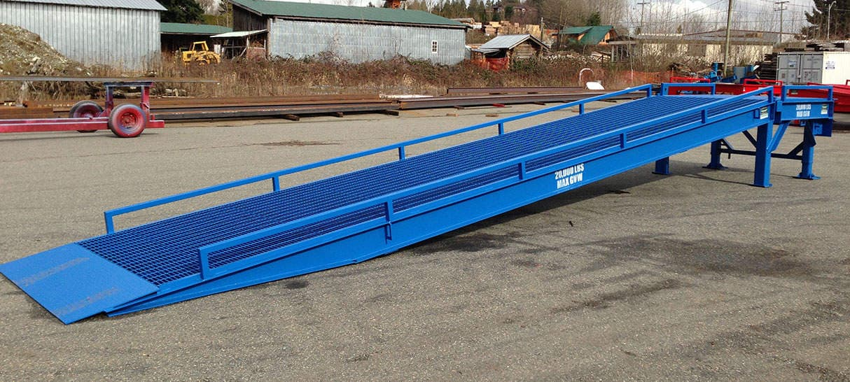 RAMP  FOR  UNLOADING   CONTAINER